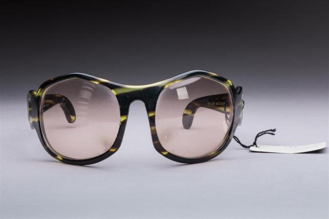 f670c5e7f3 Philippe CHEVALLIER circa 1970 Lot de trois paires de lunettes de.