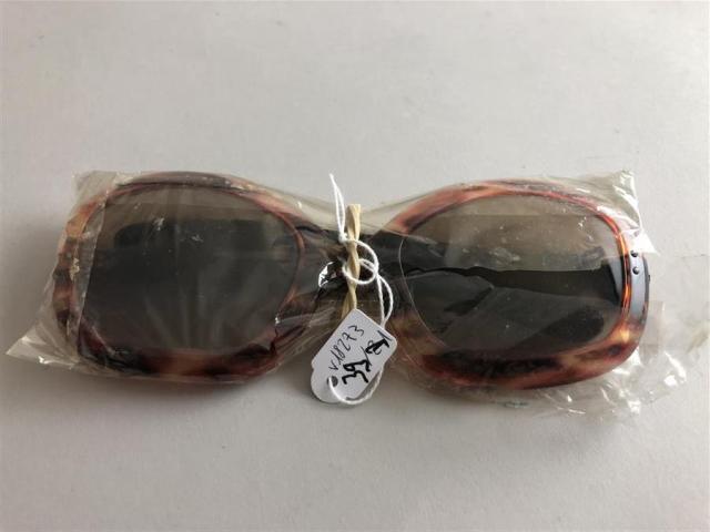 59c762b826 Philippe CHEVALLIER circa 1970 Paire de lunettes de soleil papillon en.